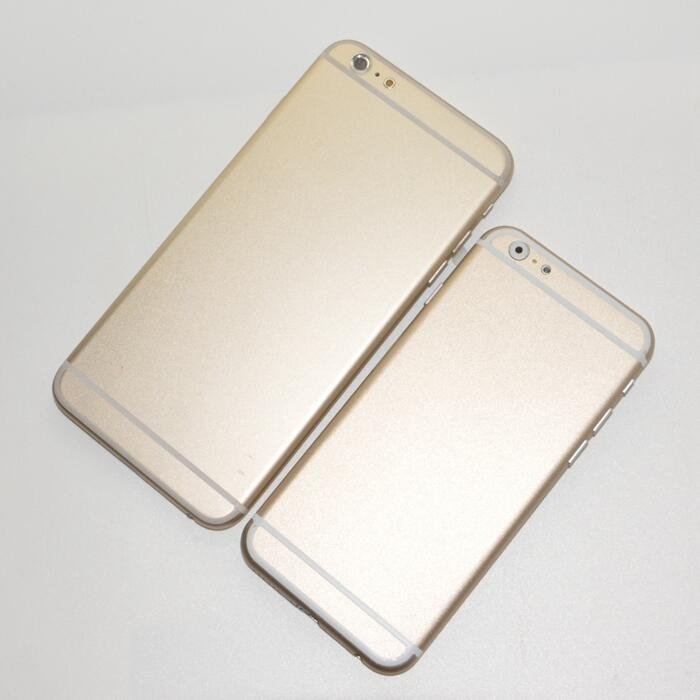 4.7 and 5.5-inch iPhone 6 Mockups Leaks in Gold Color
