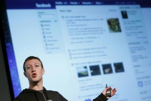 Facebook Removing Messaging From Its Mobile App