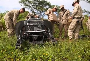 LS3 Robot Pack Mule Tested Through Rough Terrain By USMC (video)