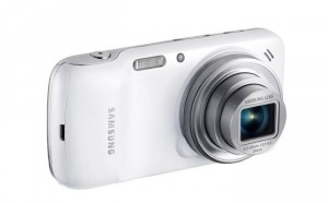 Samsung Galaxy S4 Zoom Gets Android 4.4 Kit Kat Update