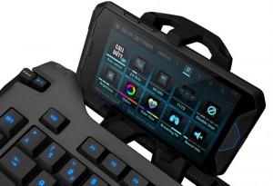 Roccat Skeltr Gaming Keyboard Integrates Your Smartphone
