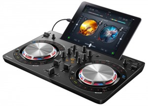 Pioneer DDJ-WeGO3 Lets DJs mix Directly From Spotify (video)