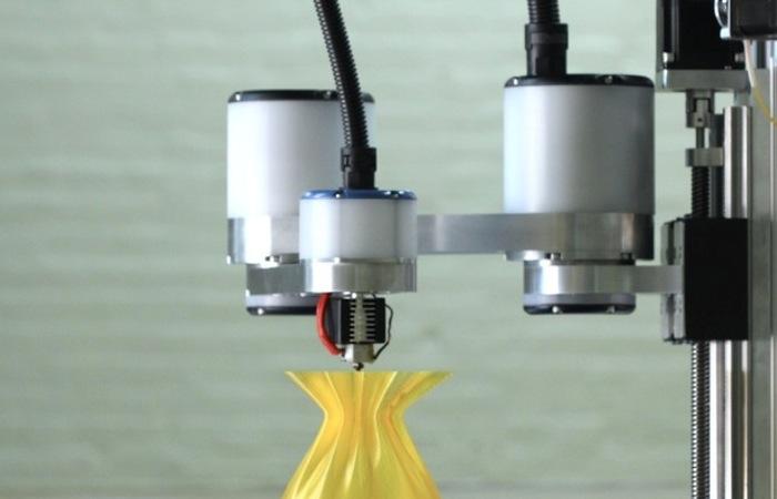 Precision Robotic Arm