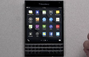 BlackBerry Passport Gets Unboxed (Video)