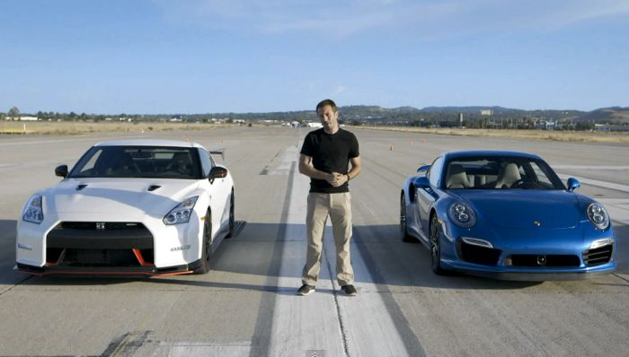 Porsche 911 Turbo S vs Nissan GT-R Nismo (Video)