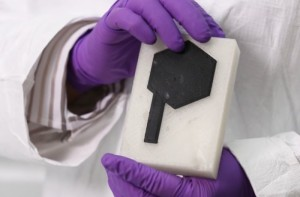 Graphene 3D Printed Battery Can Be Any Shape And Offers AA Power (video)
