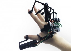 Dexmo Exoskeleton Provides Touch Feedback In Virtual Worlds (video)