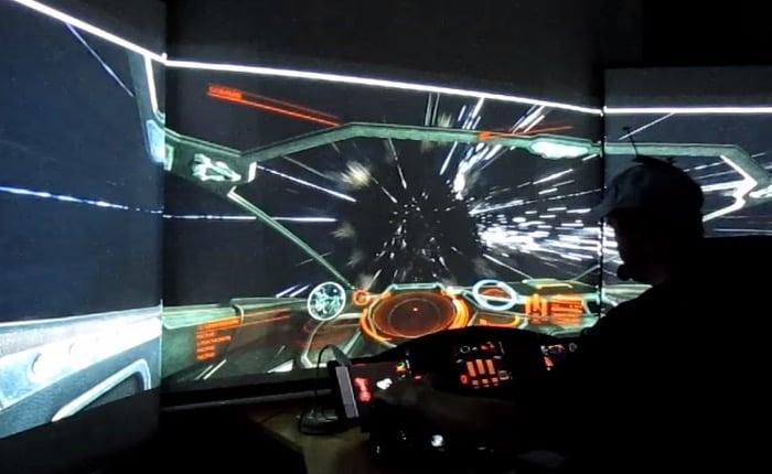 Elite Dangerous Cockpit