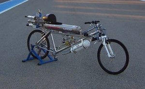 François Gissy Rocket Powered Bicycle Reaches 333 km/h Setting New World Record (video)