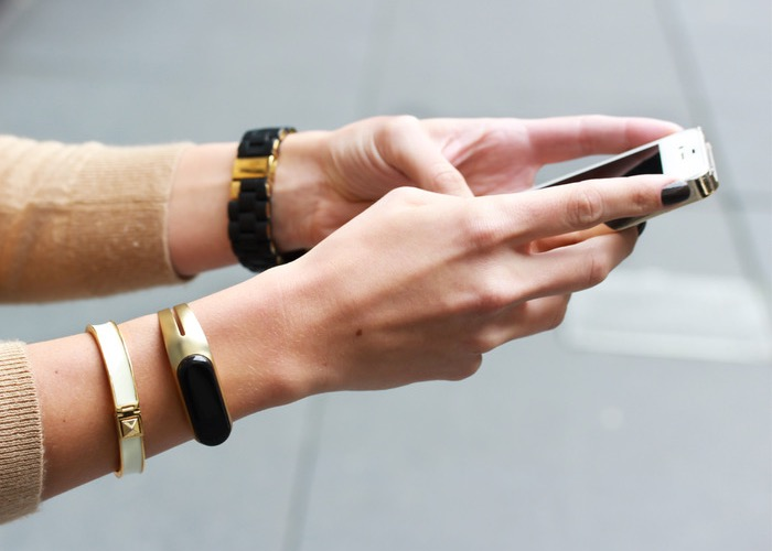 Mira smart bracelet