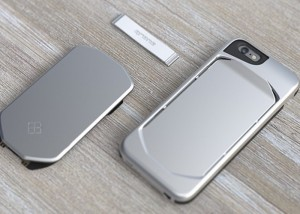 qronoCase iPhone 6 Modular Case Offers A Wallet, Battery And More (video)