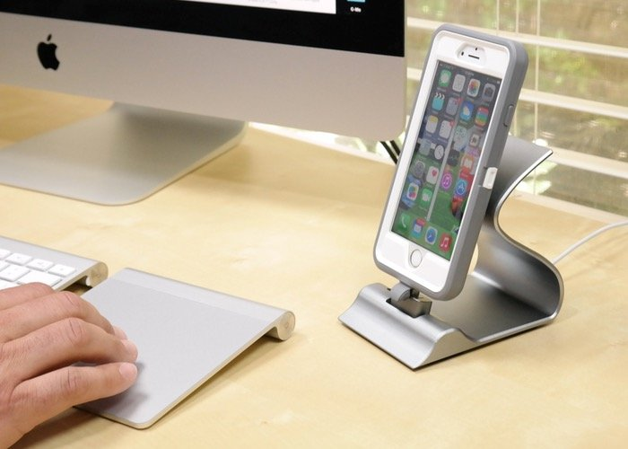 Sarvi Dock A Versatile iOS And Android Tablet And Smartphone Dock (video)