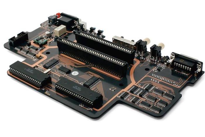 Analogue Interactive Aluminium NES motherboard-1