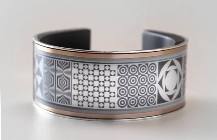 LookSee E-Ink Smart Bracelet