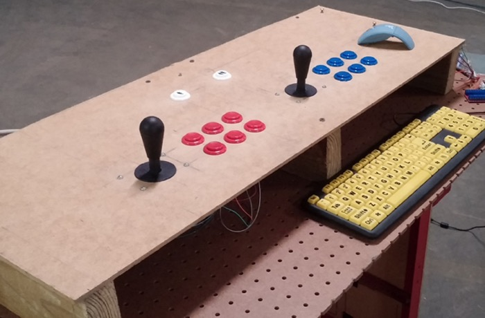 Raspberry Pi Powered Arcade Game Controllers (video)