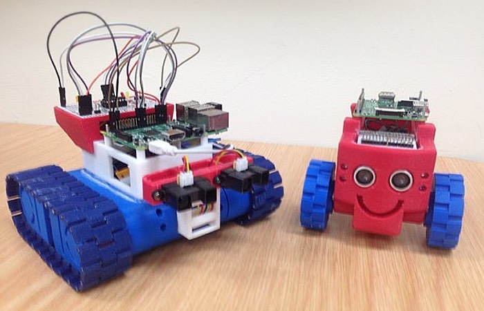 Drogerdy Raspberry Pi 3D Printed Tank Bot