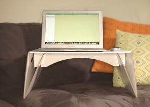 Lapdeck Recyclable Laptop Desk Unveiled For $10 (video)