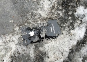 iPhone Recovered Full Working After 5 Days Covered In Snow And Ice