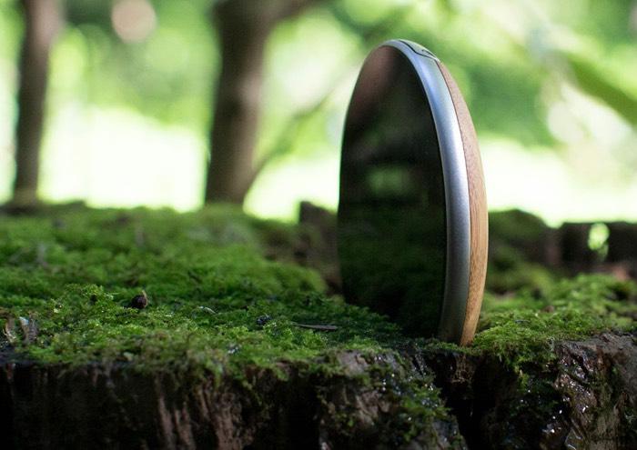 Runcible Wooden Circular Smartphone Runs Firefox OS-1