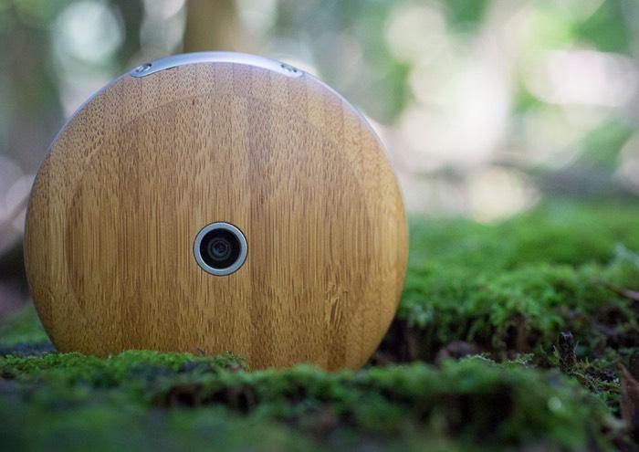 Runcible Wooden Circular Smartphone Runs Firefox OS