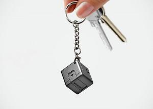 WonderCube Offers 8 Mobile Essential Smartphone Accessories (video)