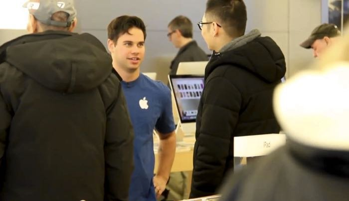 Fake Apple Store Employees Try To Get You To Buy Microsoft Devices