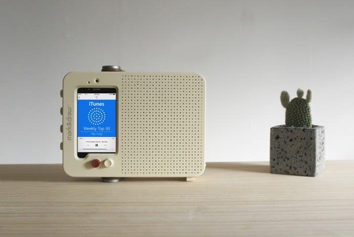 i Ready O Transforms Your All iPhone Into a Retro Radio