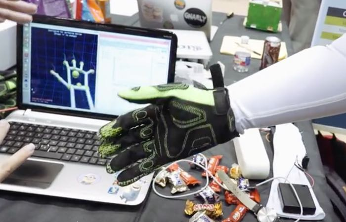 New Feedback Glove Adds Touch Sensations To Virtual Reality