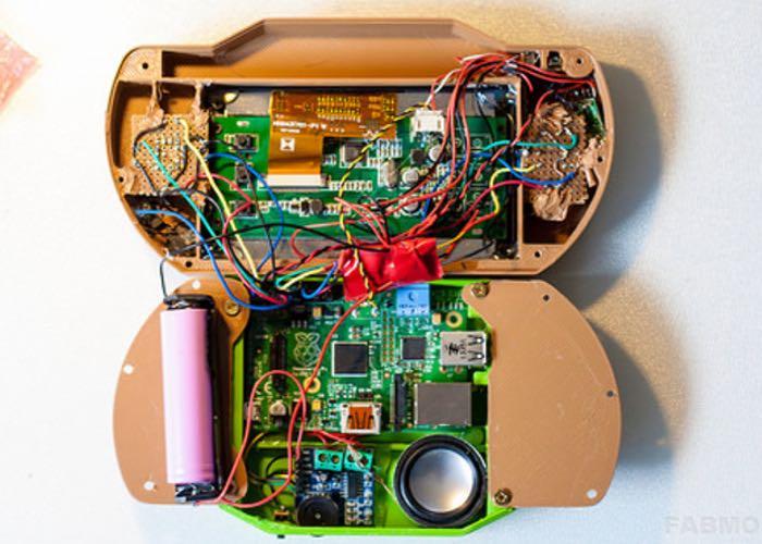 Arcade Pi Raspberry Pi powered handheld