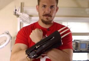 DIY Wolverine Claws Created Using MyoWare Muscle Control Sensor (video)