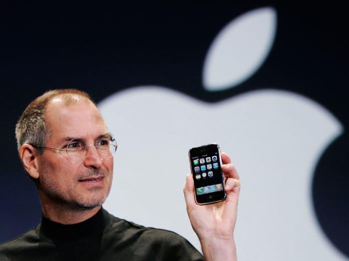 apple iphone steve jobs