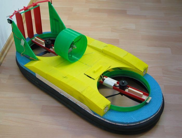 超酷炫的RC 3D打印气垫船