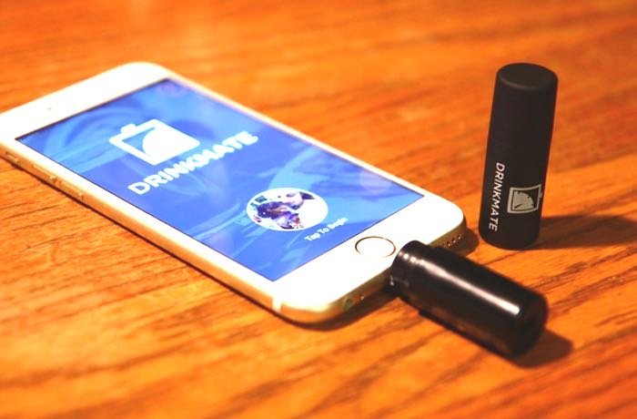 DrinkMate Miniature iPhone Breathalyser
