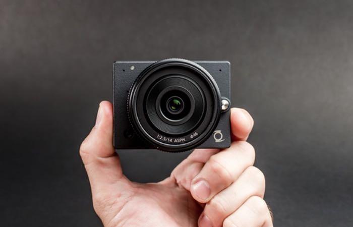 E1 Camera 4K Ultra HD Interchangeable Lens Camera