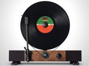 Floating Record Vertical Turntable Passes $1.1 Million On Kickstarter (video)