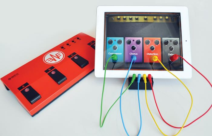 Wireless iPad Foot Controller For Musicians