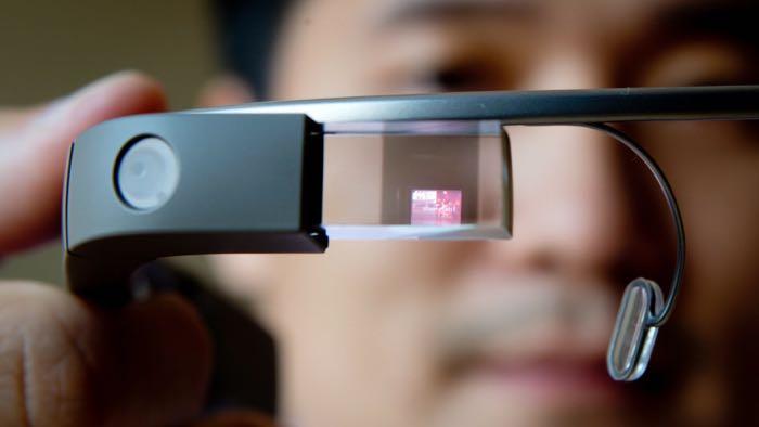 新谷歌眼镜接受企业测试