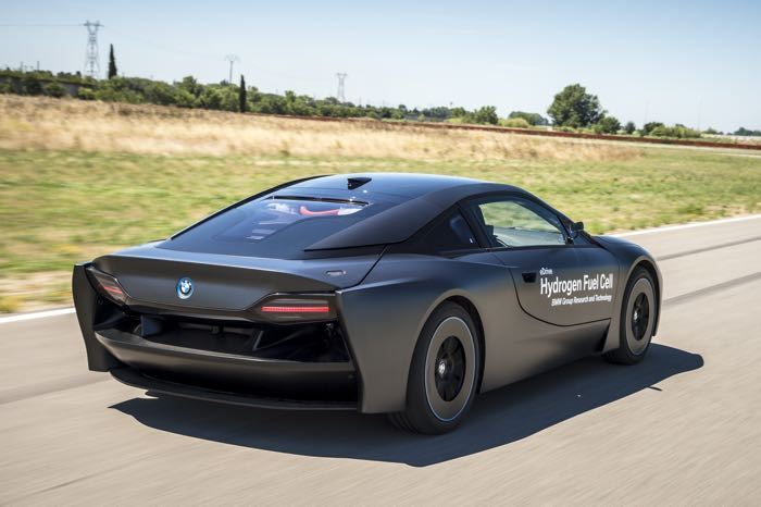 BMW i8 Hydrogen Fuel Cell Prototype Unveiled