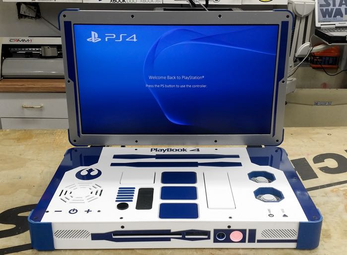 R2-D2 PlayStation 4