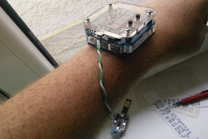 LED Arduino Watch Powered By A Supercapacitor
