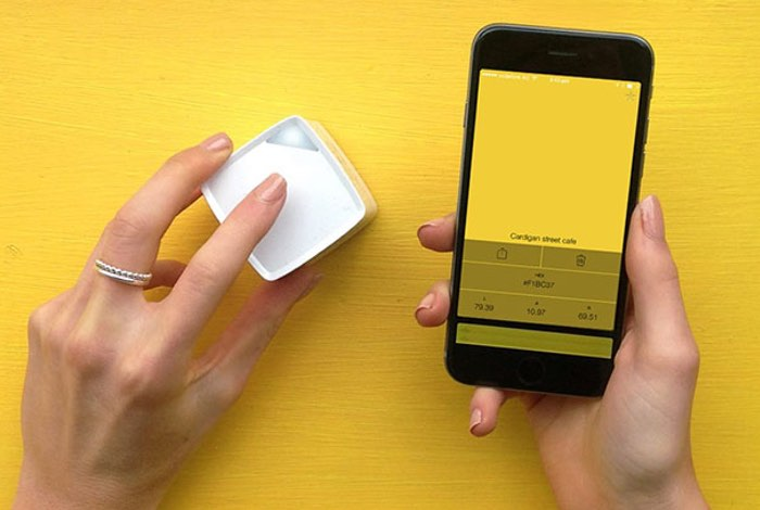 Palette Cube Palm Sized Portable Color Digitizer For Creatives