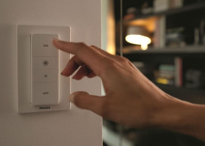 New $40 Phillips Hue Smart Light Bulb Dimmer Kit Announced