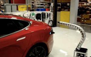 Tesla Robotic Metal Snake Charger