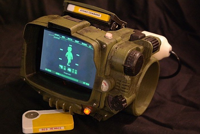 DIY 3D Printed Fallout Pip-Boy 3000 Wearable Created (video)