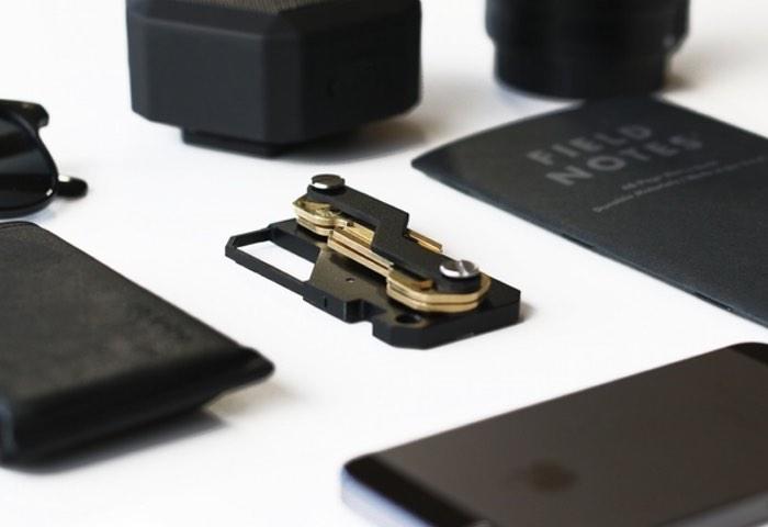 KEYKLIP Compact Key Holder
