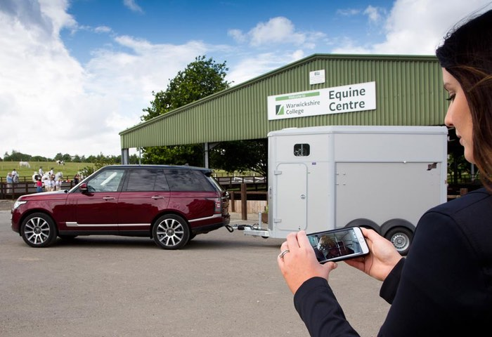 Land Rover Transparent Trailer Technology And Cargo Sense App Unveiled (video)