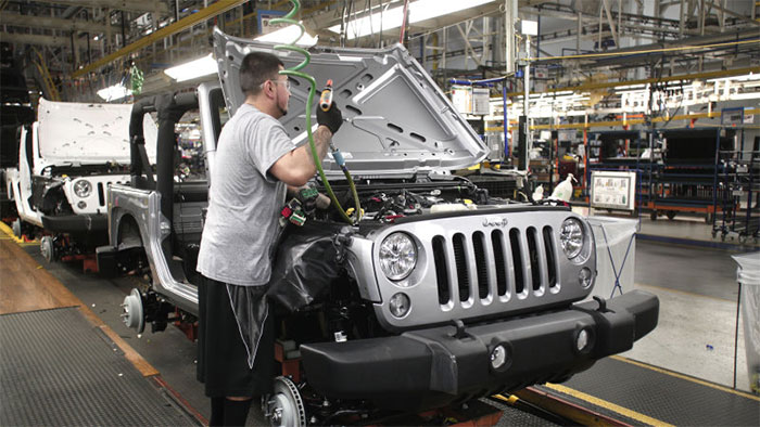 Truck version of Jeep Wrangler is Coming Says Source