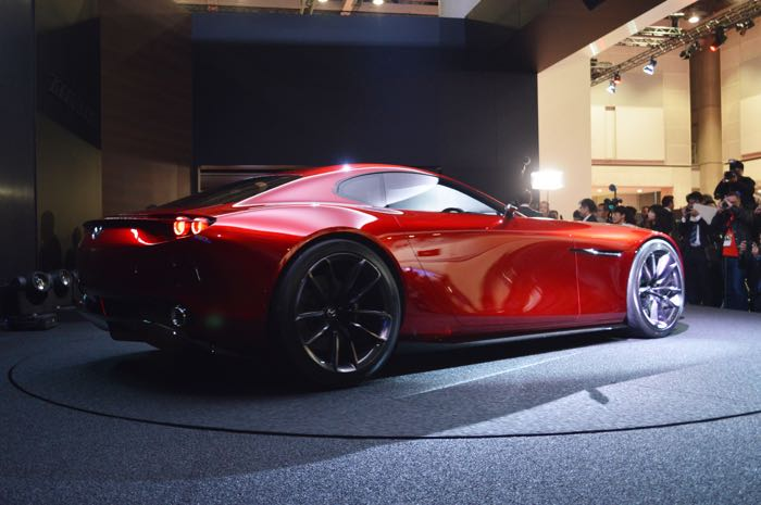 Overcoming Numerous Technical Difficulties Mazda Succeeded In Commercializing The Rotary Engine Ing It Cosmo