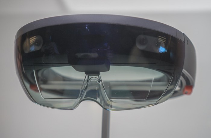 ASUS Developing Hololens-Style Headset