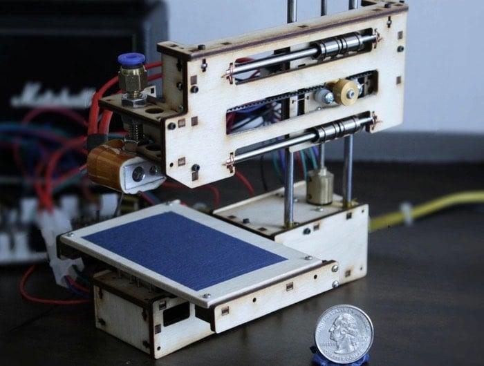 Baby 3D Palm-Sized 3D Printer